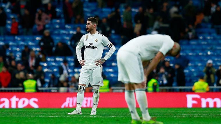 Sergio Ramos y Benzema, cabizbajos tras la nueva tragedia merengue