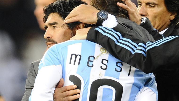 Diego Armando Maradona y Leo Messi, en una imagen de archivo