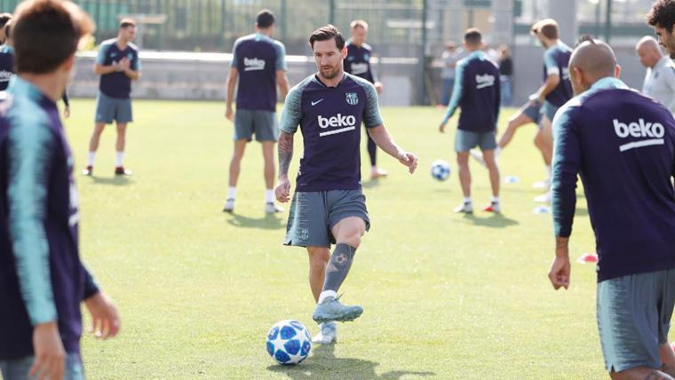 Los jugadores del Barça en una sesión de entrenamiento | FCB