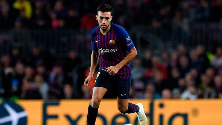 Munir, durante un partido con el Barça