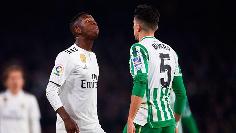 Marc Bartra denuncia la actitud de Vinicius en el Betis-Madrid