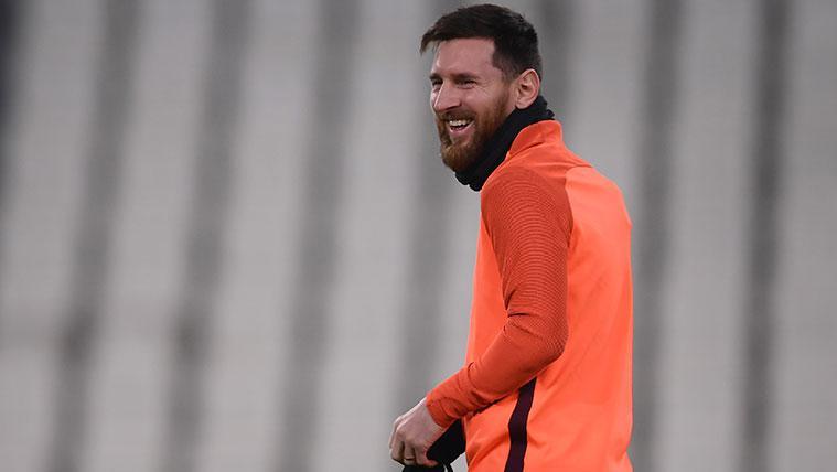 El viaje relámpago de Messi para visitar a su gurú
