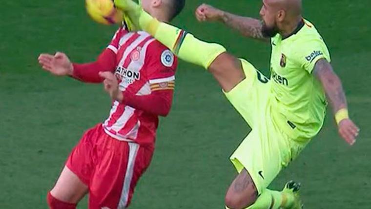 VIRAL: Arturo Vidal se jugó la roja con una entrada 'karateka'