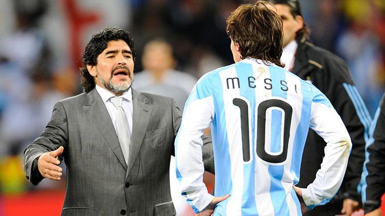 """""""Messi es mejor que Maradona porque ha estado más tiempo en lo más alto"""""""