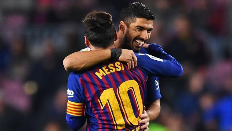 Leo Messi y Luis Suárez, celebrando un gol al Sevilla