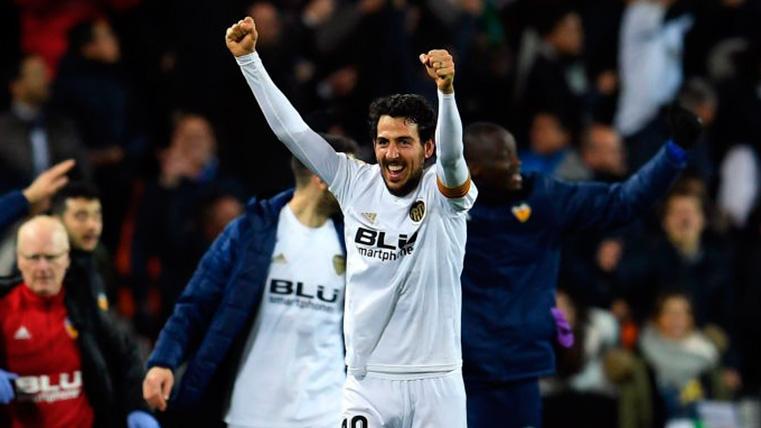 El Valencia hizo el 0-2 tras un dudoso penalti de Sergi Roberto