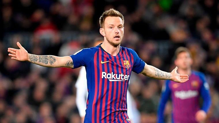 """Rakitic confirma que Messi """"está tocado"""" tras el Barça-Valencia"""