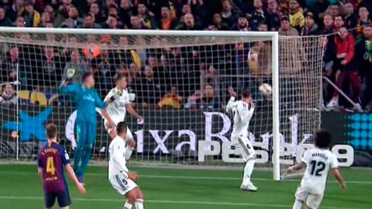 ¿Qué hizo Ramos? ¡El gol de Malcom pasó ante sus narices!