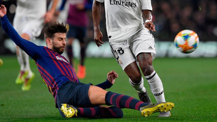Piqué brilló y fue el muro que el Barça necesitaba en el Clásico