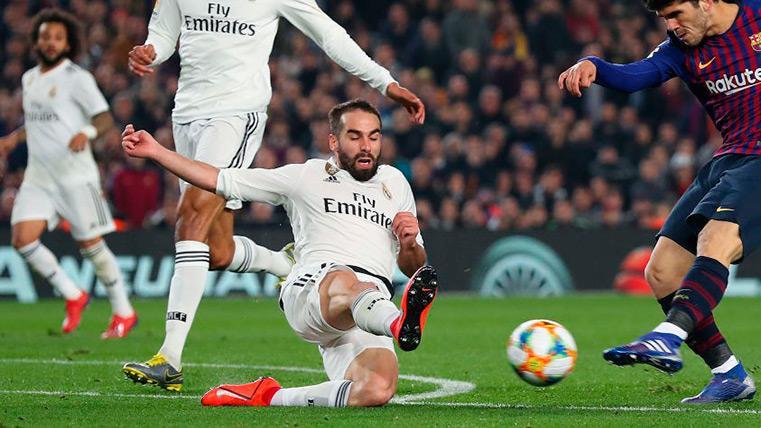 "Carvajal elogia a Mateu: ""El árbitro ha hecho un buen partido"""