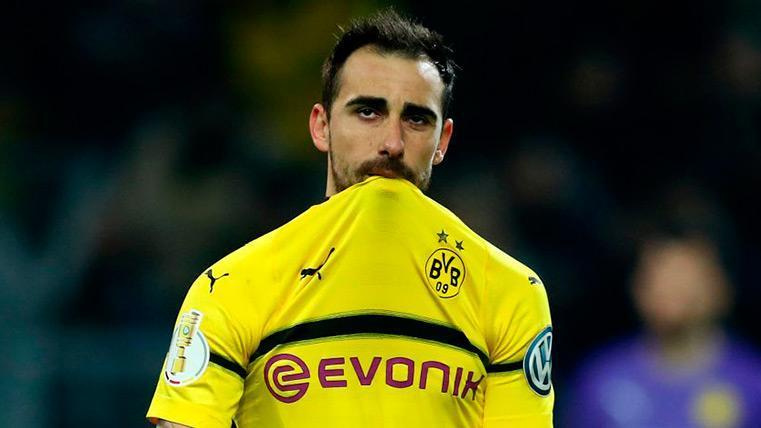 Paco Alcácer se lesiona y será baja en el Tottenham-Dortmund
