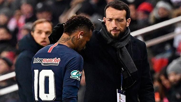 Neymar sigue relacionándose con el FC Barcelona: Visitó a un doctor del club