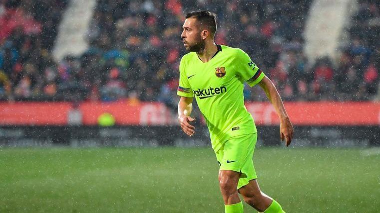 El FC Barcelona y Jordi Alba llevan un mes sin hablar de su renovación