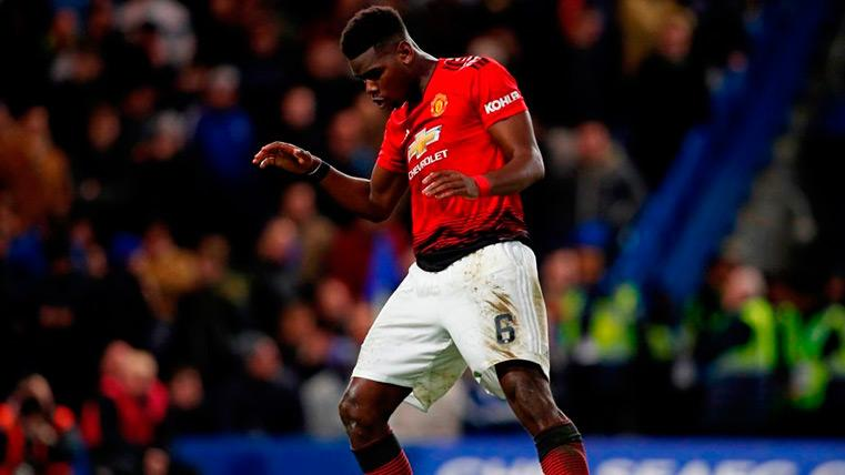 Pogba brilla y lidera al Manchester United en su conquista a Stamford Bridge