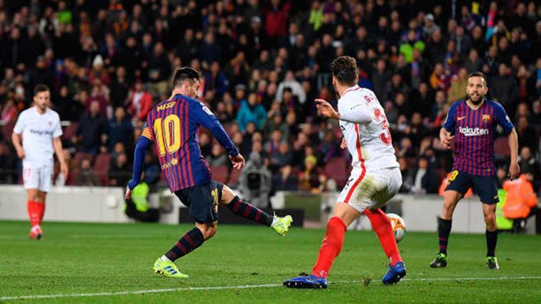 BOOM: Golazo de volea de Messi para empatar el Sevilla-Barça