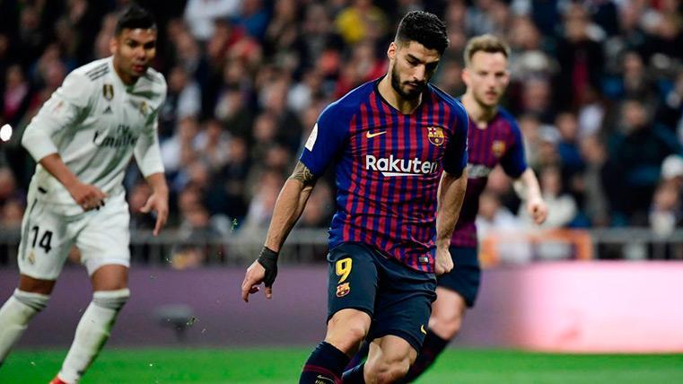 Luis Suárez marca de panenka el penalti