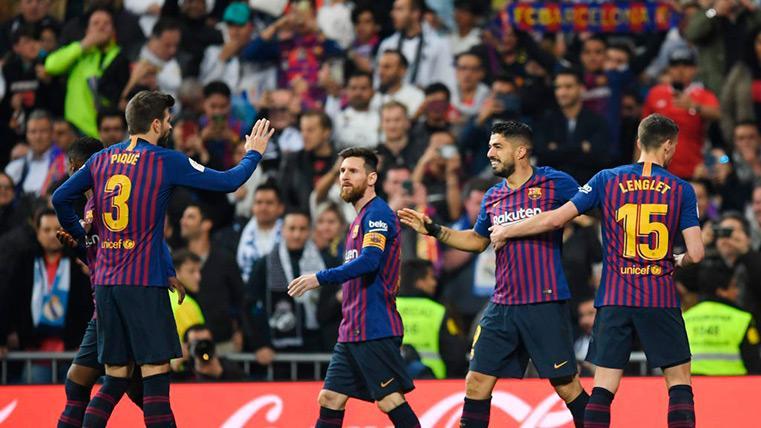 El FC Barcelona y su afición celebran la victoria de su equipo