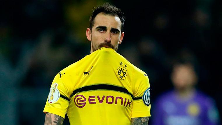 Paco Alcácer no logra evitar la derrota de un Dortmund que sigue en caída libre (2-1)