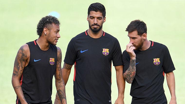 Neymar, junto a Messi y Suárez en su etapa en el FC Barcelona