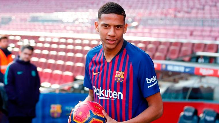 Todibo sigue adaptándose al Barça y ya se prepara para su debut