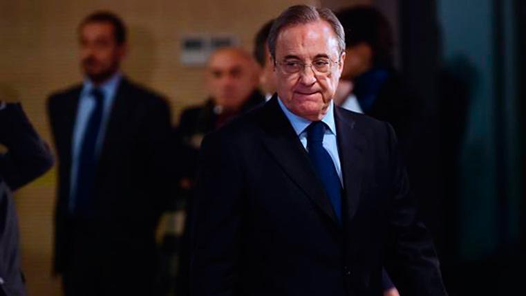 El madridismo pidió la dimisión de Florentino Pérez en el Santiago Bernabéu
