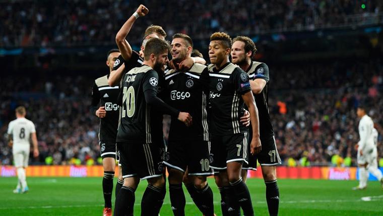 Puyol alucina con los goles de Tadic y Schone y elogia el estilo del Ajax