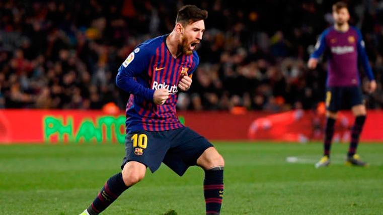 Leo Messi, celebrando el gol de penalti contra el Rayo Vallecano