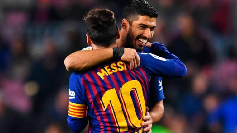Leo Messi y Luis Suárez, celebrando un gol con el FC Barcelona