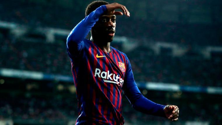 Ousmane Dembélé, durante un partido con el FC Barcelona en el Camp Nou