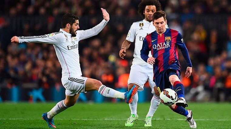 Isco y Messi en un Clásico de hace algunos años