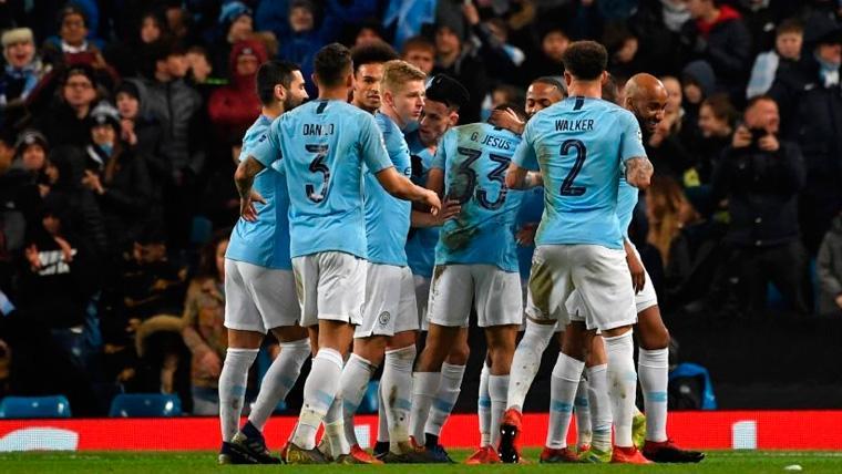 Los jugadores del Manchester City celebran un gol en la Champions