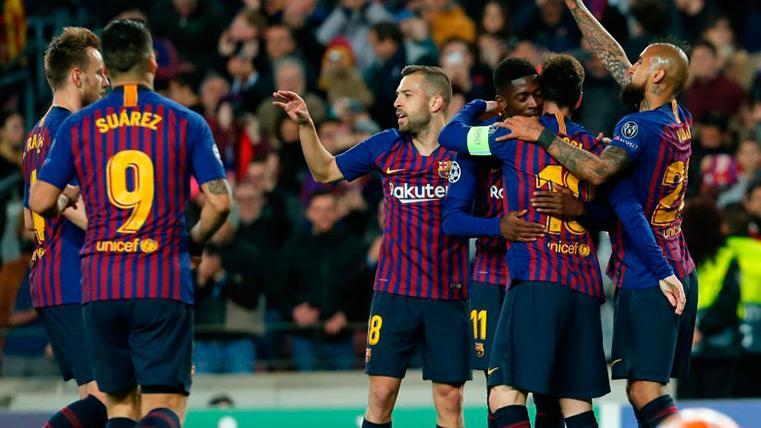 El Barça celebra un gol contra el Lyon
