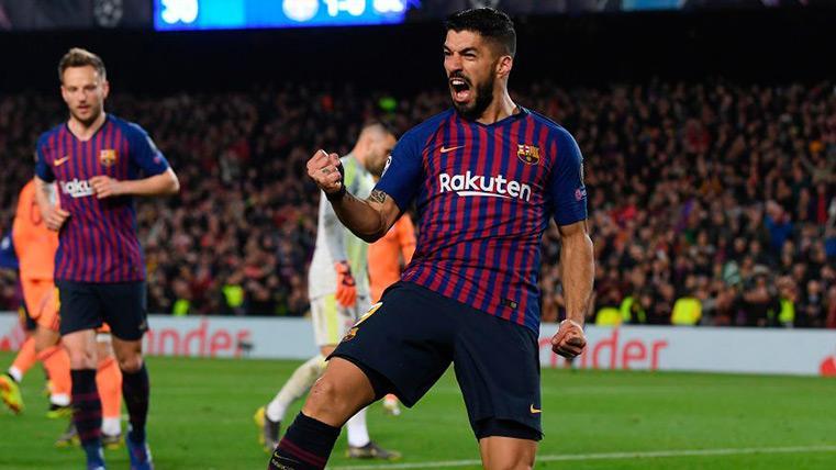 Luis Suárez celebra un gol contra el Lyon
