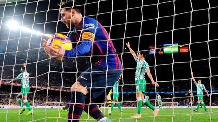 SUBLIME: ¡Qué golazo de falta de Leo Messi contra el Real Betis!