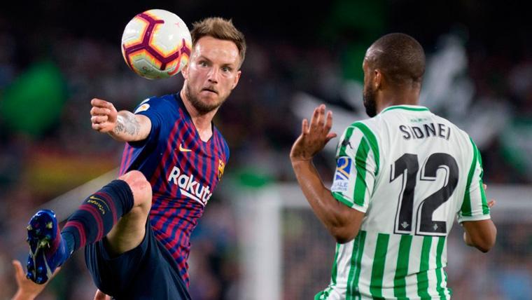Rakitic aplaude a la afición del Betis y da la clave del triunfo del Barça