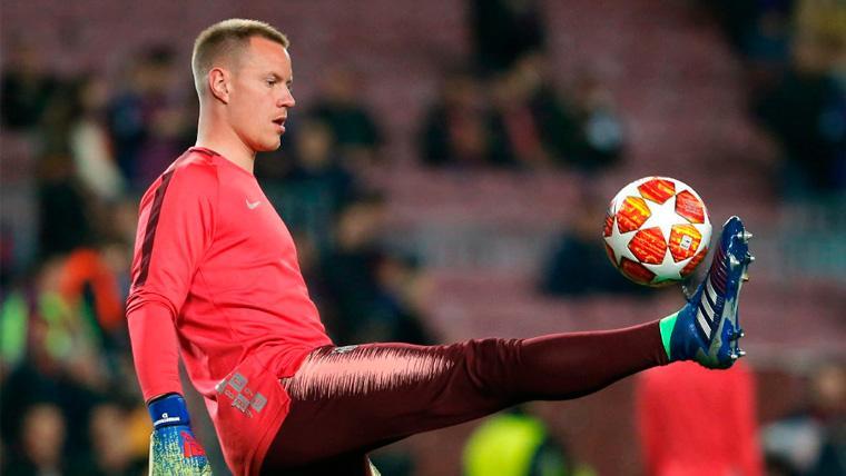 Ter Stegen, impresionante con el balón: ¡Parecía centrocampista en el Benito Villamarín!
