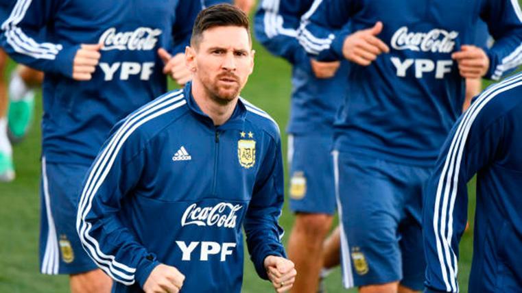 ALARMA: Pendientes del estado físico de Leo Messi en Argentina
