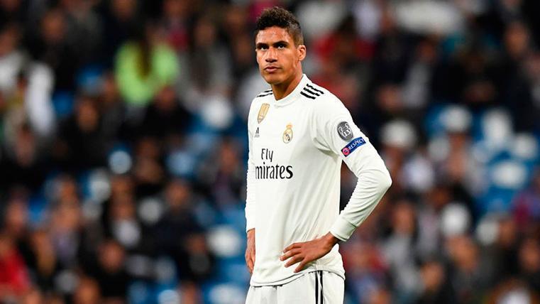 Varane da largas sobre su futuro y deja en el aire su posible salida del Madrid