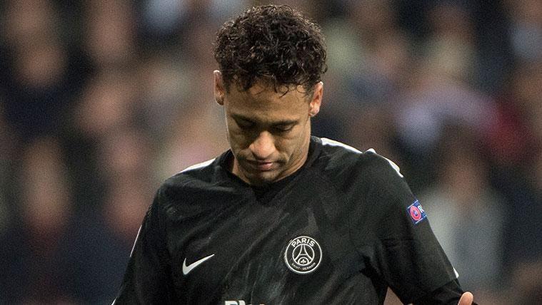 OFICIAL: La UEFA confirma el expediente a Neymar por su rajada contra los árbitros