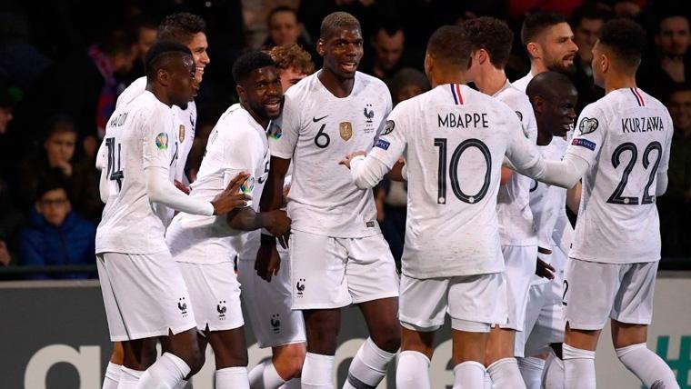 Francia no duda y arrolla a Moldavia en el camino hacia la Eurocopa (1-4)