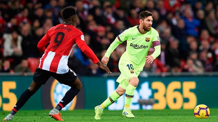 Leo Messi e Iñaki Williams, durante un Athletic-Barça