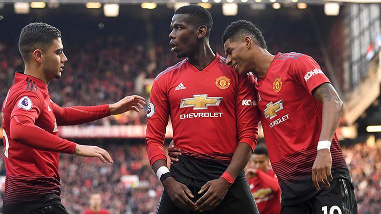 Pogba, Pereira y Rashford celebran uno de los goles