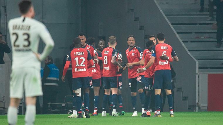 Los jugadores del Lille celebran uno de los cinco goles