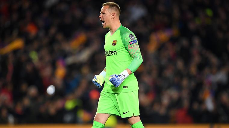 Ter Stegen celebró los 50 partidos con el Barça en Champions con un paradón
