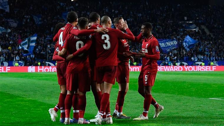 Los jugadores del Liverpool celebran un gol en la Champions