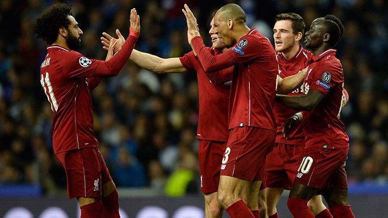 El Liverpool celebra un gol contra el Oporto