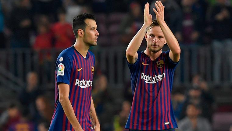 Rakitic, Busquets y Jordi Alba, al borde del colapso: han jugado más de 4.000 minutos