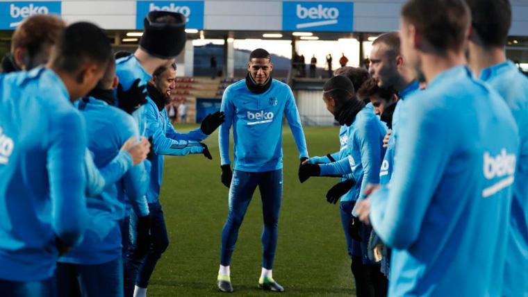 Jean-Clair Todibo, baja destacada en el entrenamiento del Barça