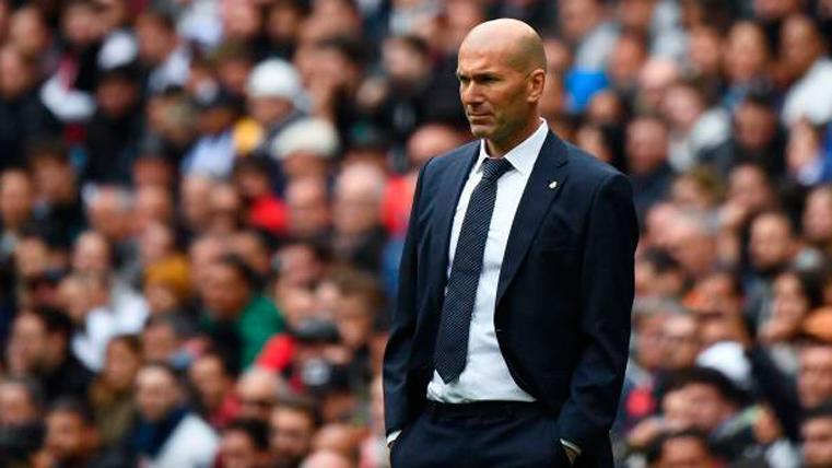 """Zidane: """"No entiendo por qué pitan a Bale y aplauden a Isco"""""""
