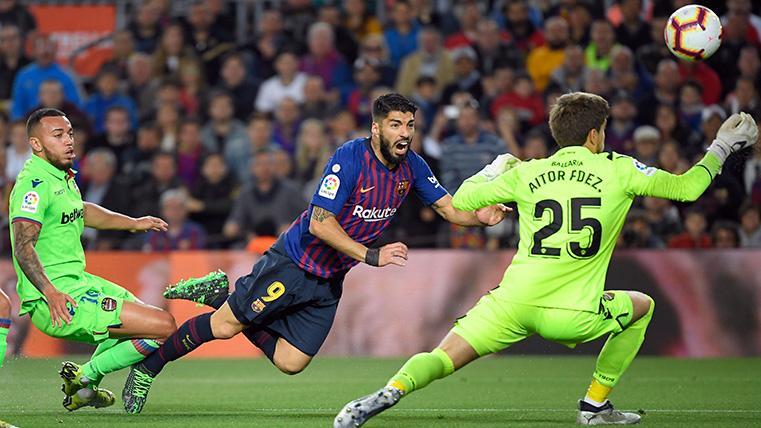 Philippe Coutinho y Luis Suárez 'perdonaron' ante el Levante en el primer tiempo